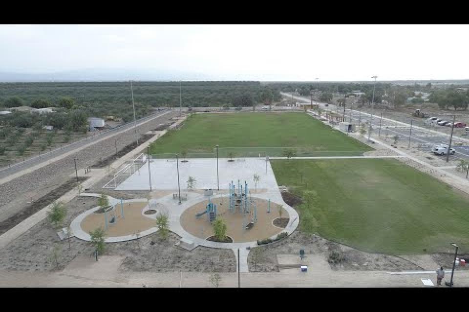 Our new park, Oasis del Desierto, opens!